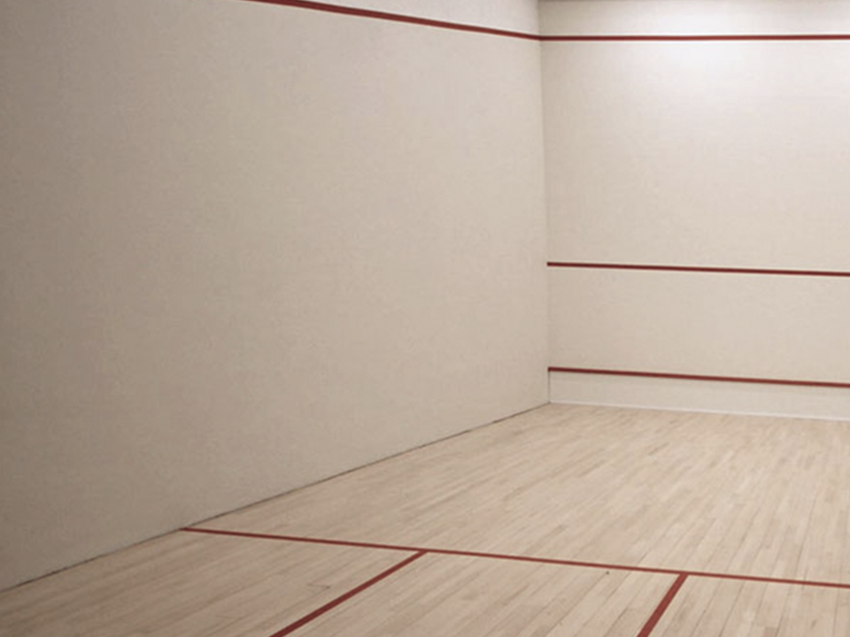 Squash court at Vida Health and Fitness